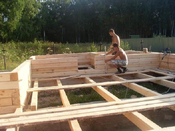 Пошаговое-строительство-дома-из-клееного-бруса-5