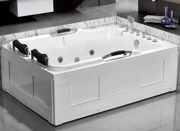 Виды-ванн-их-преимущества-недостатки-и-особенности-9
