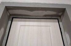 Как штукатурить откосы входной двери
